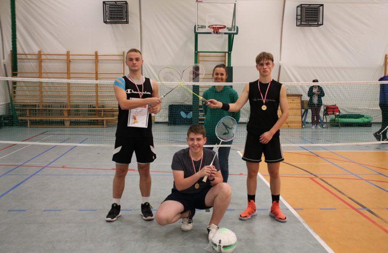 Mistrzowie Powiatu w badmintonie