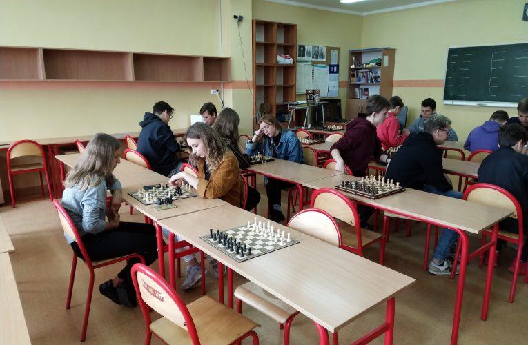 Nasi szachiści w czołówce turnieju