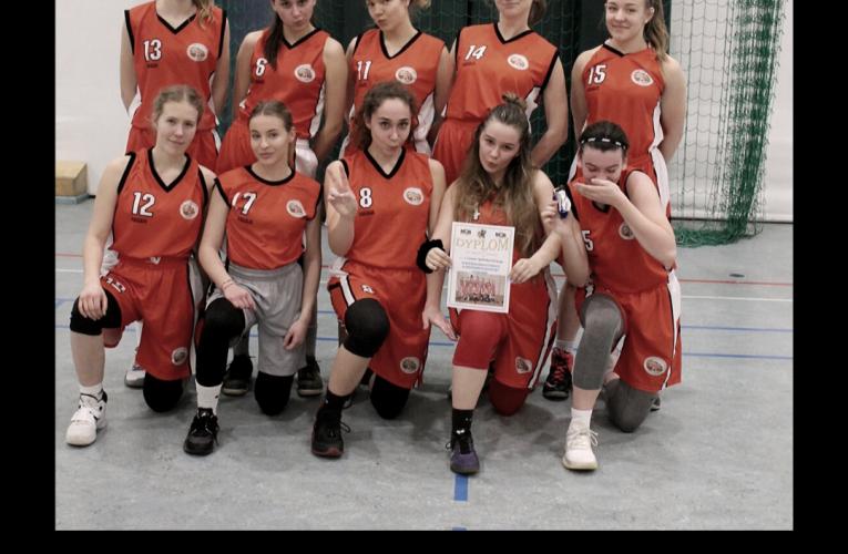 Nasze koszykarki ze złotymi medalami